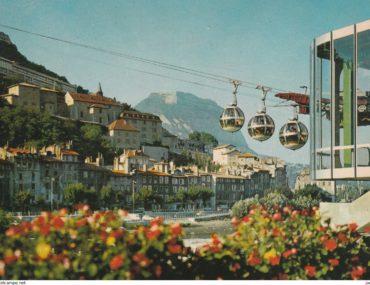 Gare inférieure, téléphérique de la Bastille, Grenoble